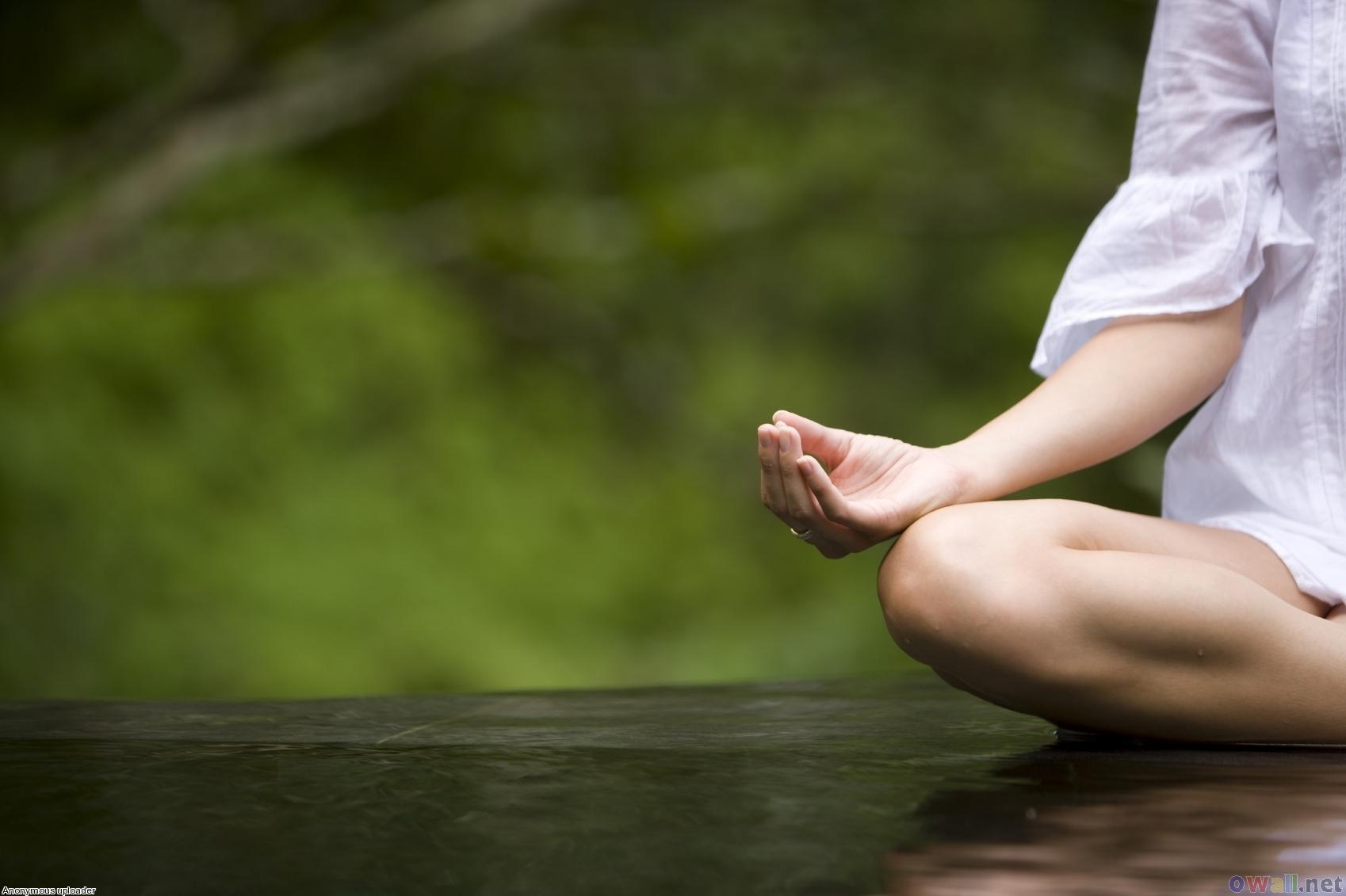 1445774590-meditation-photo3